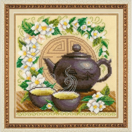 SM032 cross stitch kit by Golden Hands