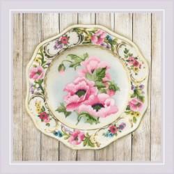 Plate with Pink Poppies. Satin Stitch siuvinėjimo rinkinys iš RIOLIS Nr.: 0075 PT