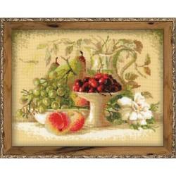 """RIOLIS - Create It Yourself - Siuvinėjimo rinkinys """"Natiurmortas su vyšniomis"""" 1085 (30x24 cm)"""