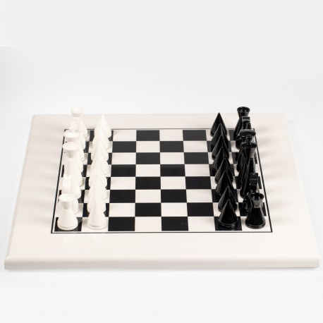 MODERN PYRAMID SET: Wooden Weighted Lacquered Chess Men with White Wooden Chessboard