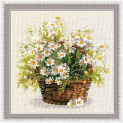 Russian Daisies - Cross Stitch Kit from RIOLIS Ref. no.:1478
